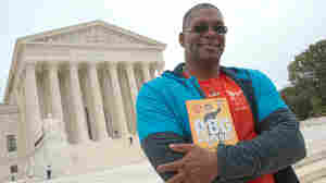 Ginsburg's Trainer Honors Late Justice With Pushups At Capitol Hill Memorial