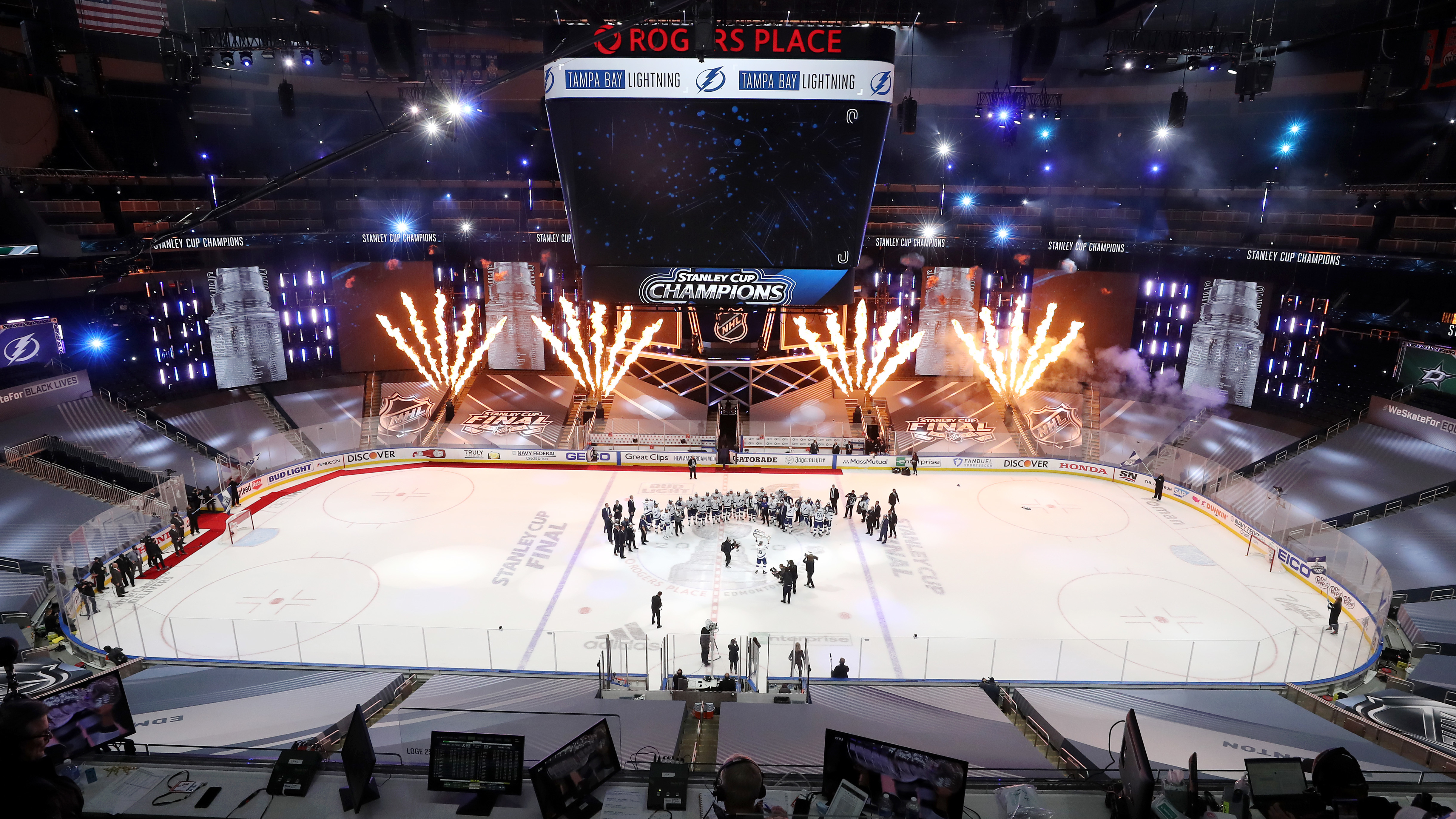 nhl completes season in bubble tampa bay lightning win stanley cup npr https www npr org 2020 09 29 918214119 nhl completes season in bubble tampa bay lightning win stanley cup