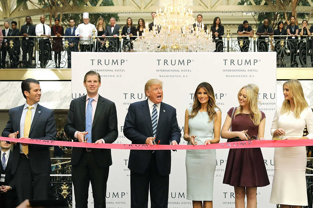 WASHINGTON, DC - OCTOBER 26: Republican presidential nominee Donald Trump (C) and his family cut the ribbon at the new Trump International Hotel October 26, 2016 in Washington, DC. (Photo by Chip Somodevilla/Getty Images)