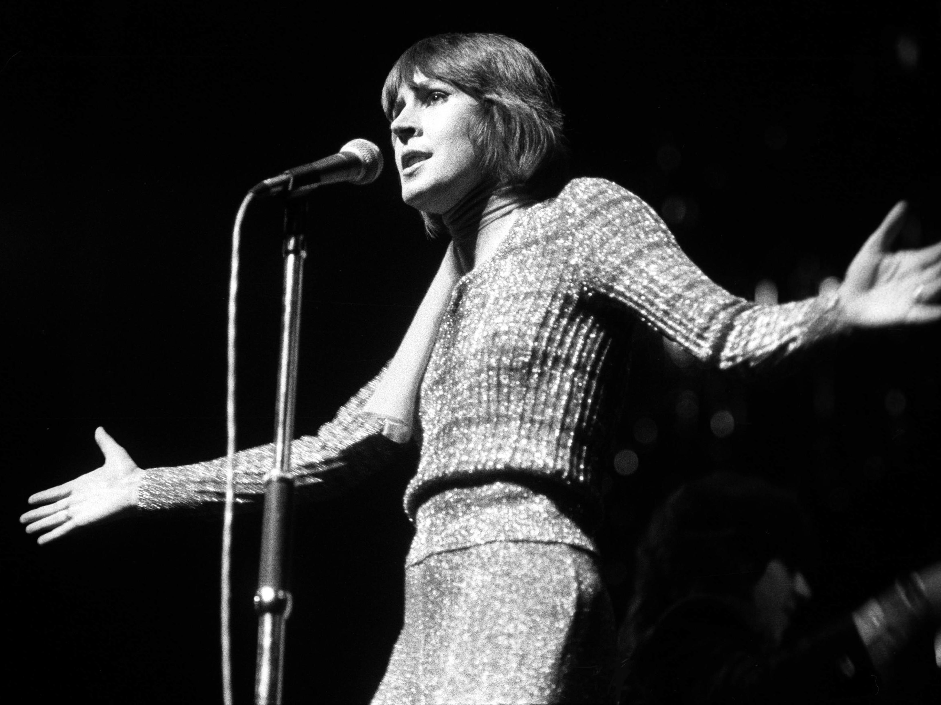 I Am Woman' Singer Helen Reddy Is Dead, Aged 78 : NPR