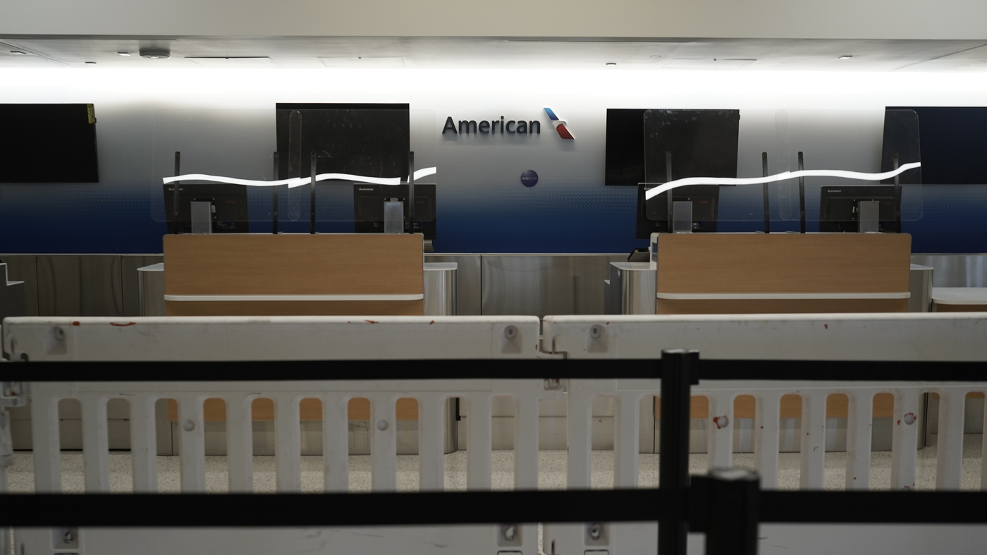United And American Airlines Tell 32000 Employees They're Now On Furlough – NPR