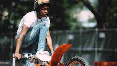 """""""魅力城市之王""""是一个关于自行车、少年时代和巴尔的摩的令人兴奋的故事"""