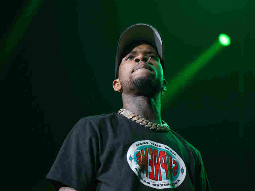 Tory Lanez charged in shooting of Megan Thee Stallion