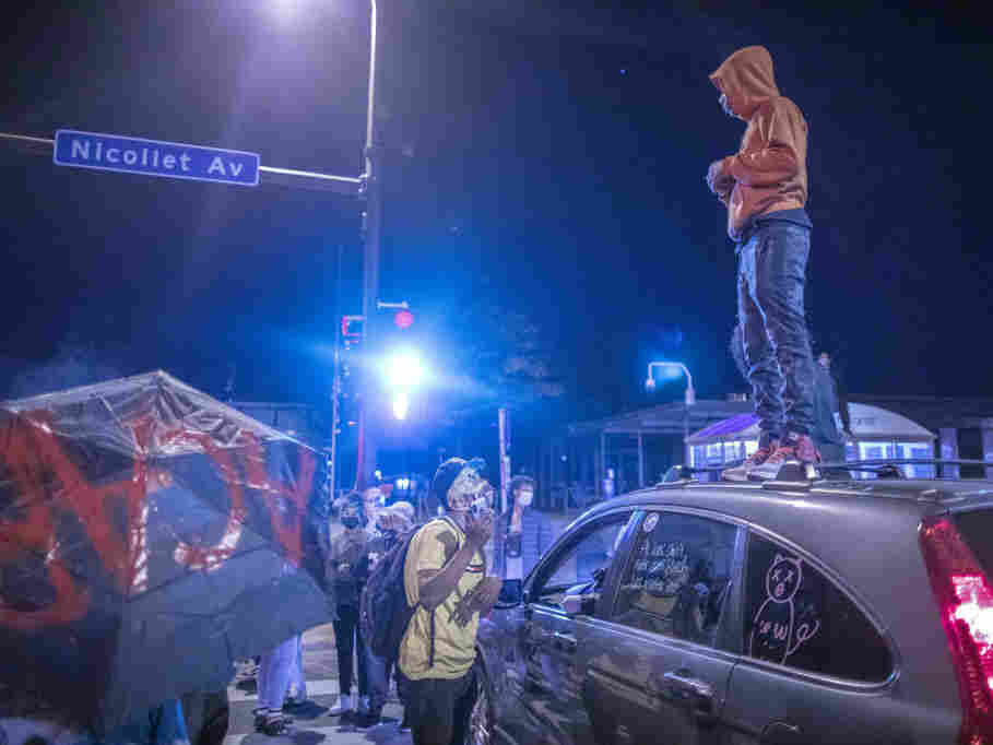 51 Arrested In Minneapolis Protests Following Derek Chauvin's Release 2