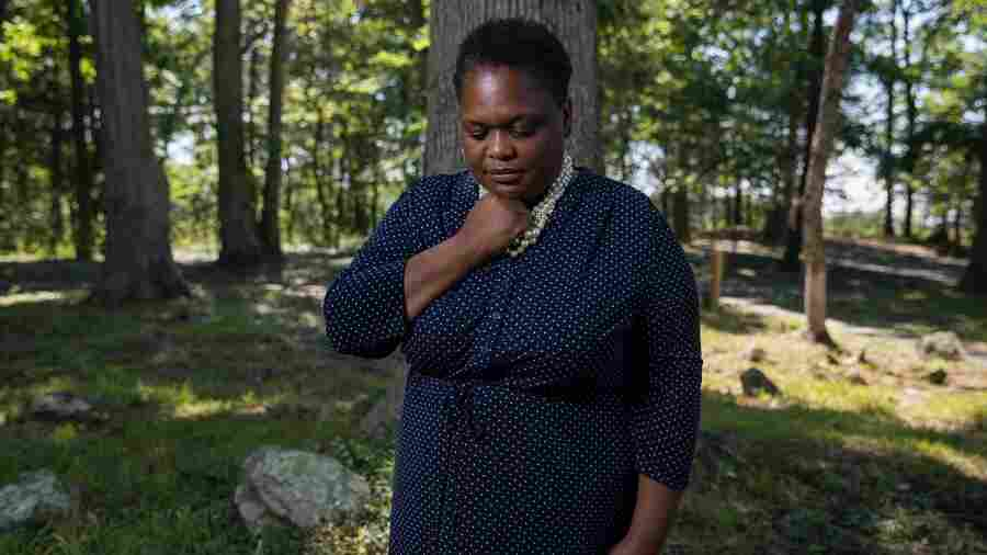 A Pastor Rescues A Cemetery For Enslaved People, Then Buries Her Son In It