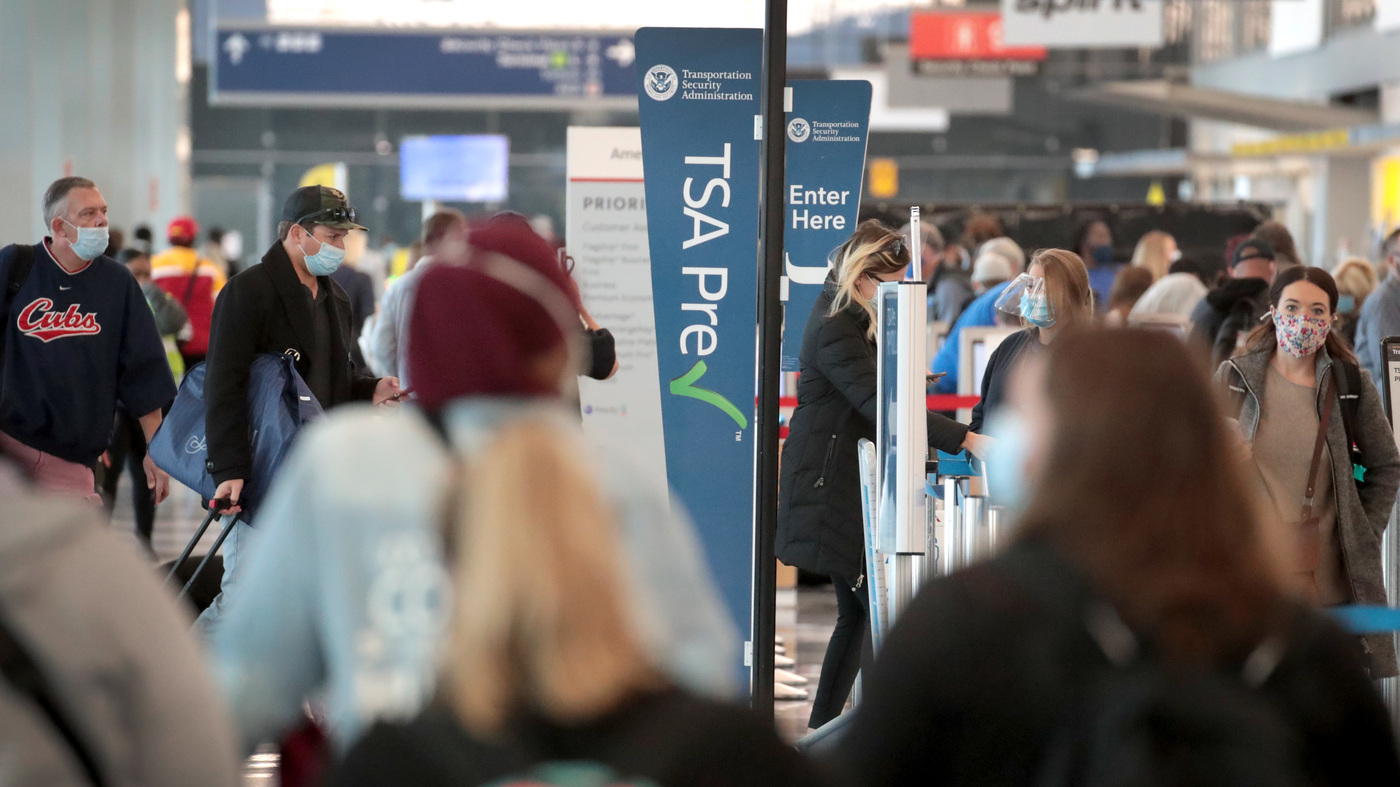 Air Travel High: TSA Screens 1 Million For First Time Since March – NPR