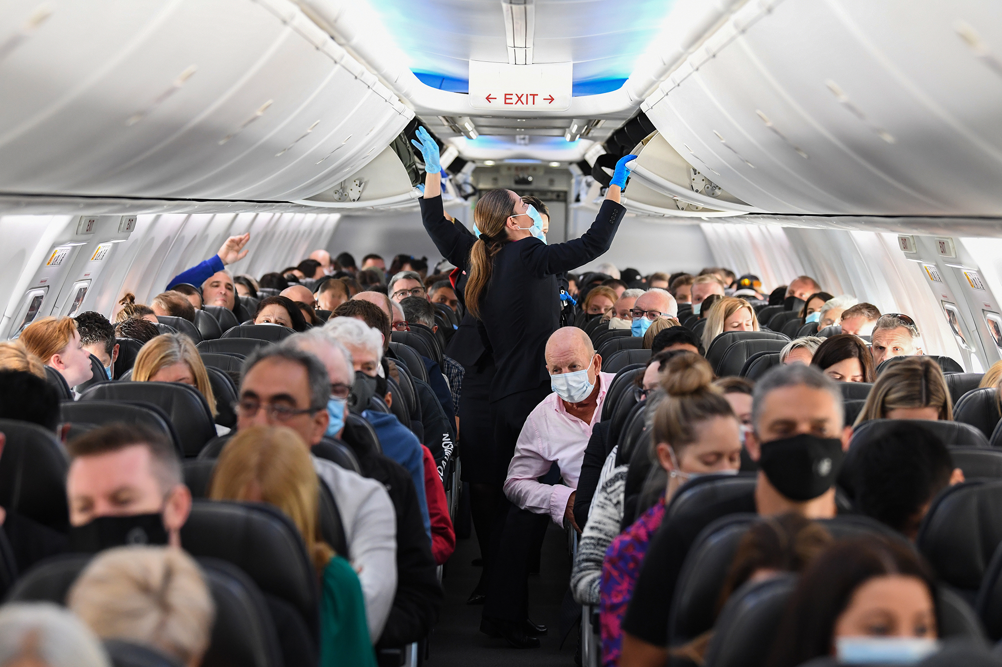 What S The Risk Of Catching Covid 19 On A Plane And Do Masks Cut It Goats And Soda Npr