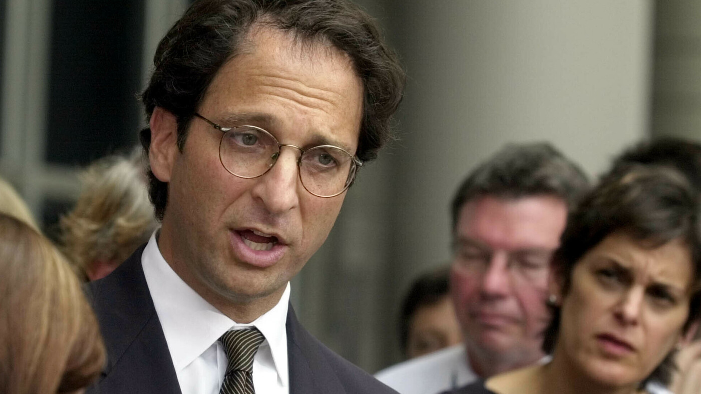 President Trump's ability to promise to extricate people in his orbit from criminal penalties meant authorities never could put sufficient pressure on them to compel them to truly reveal all they knew, argues former prosecutor Andrew Weissmann.