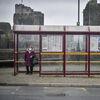 País de Gales impõe 'bloqueio de quebra de fogo' como aumento de casos de Coronavirus