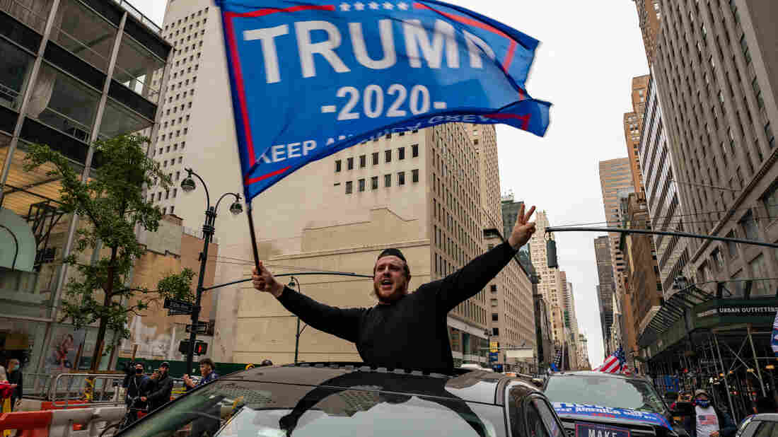 11 Arrested In Clashes After Pro-Trump Convoy Passes Through NYC's Times Square