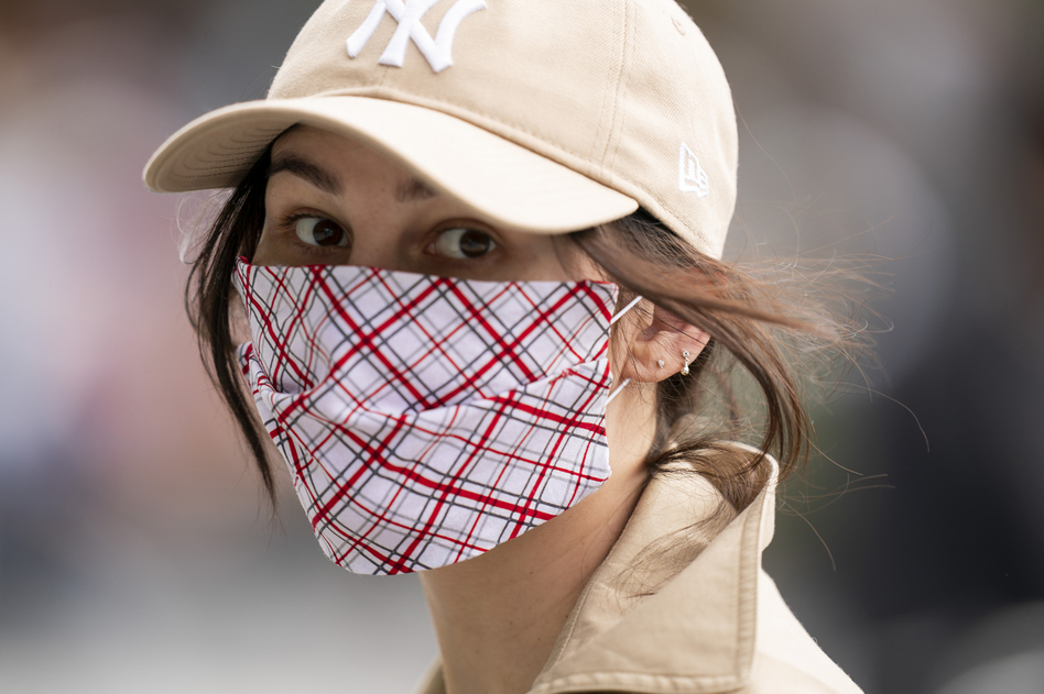 The CDC says that when it comes to cloth masks, multiple layers made of higher thread counts do a better job of protecting the wearer. (Michael Stewart/GC Images)