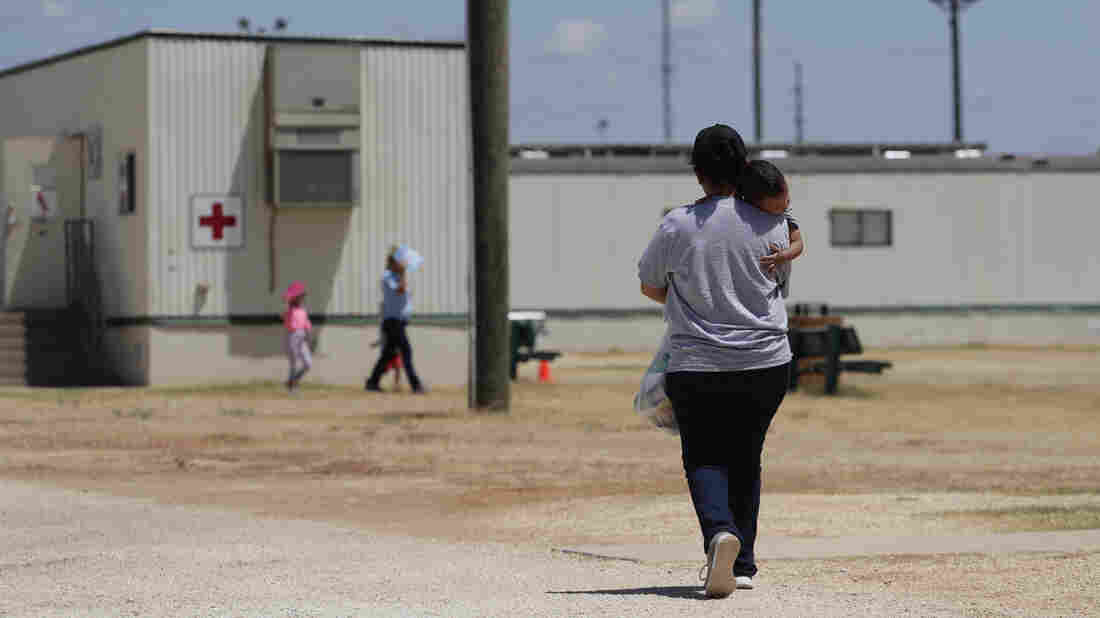 Judge stops Trump expelling minors who illegally cross border from Mexico alone