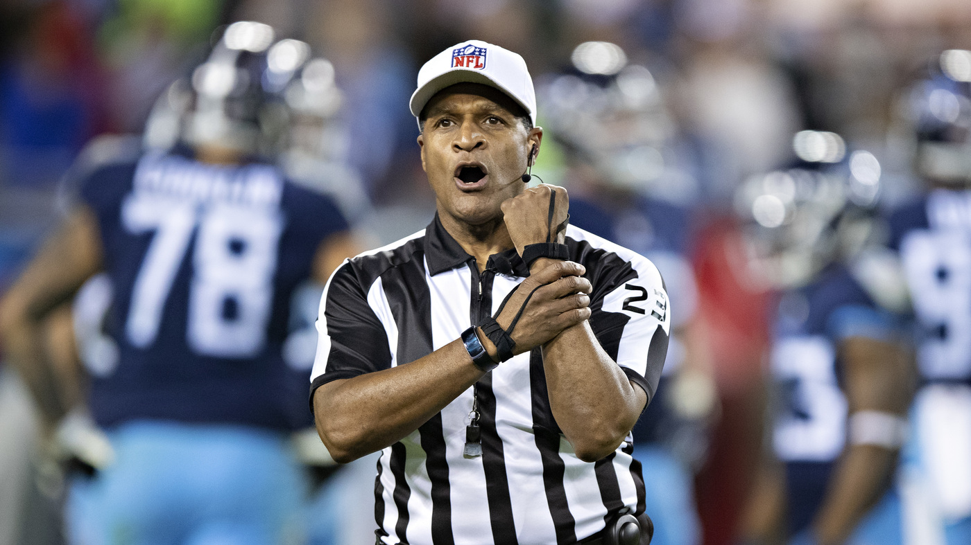 NFL's First All-Black Crew Officiated 'Monday Night Football' Game
