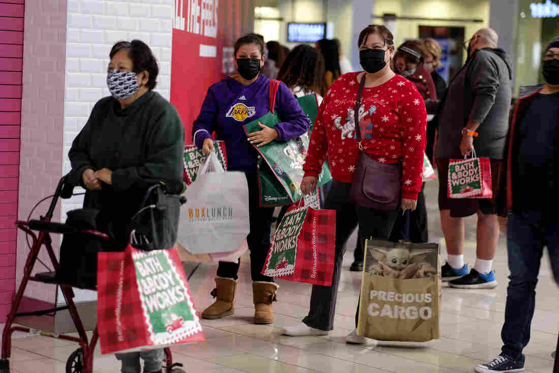 A Black Friday With Masked Shoppers And Booming Online Sales