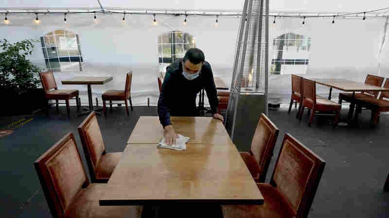 'Warning Signs Flashing': Job Growth Slows Sharply As Pandemic Takes Toll On Economy