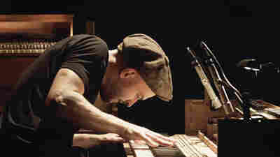 'Tripping With Nils Frahm': 4 Sweaty Berlin Nights Captured Onscreen