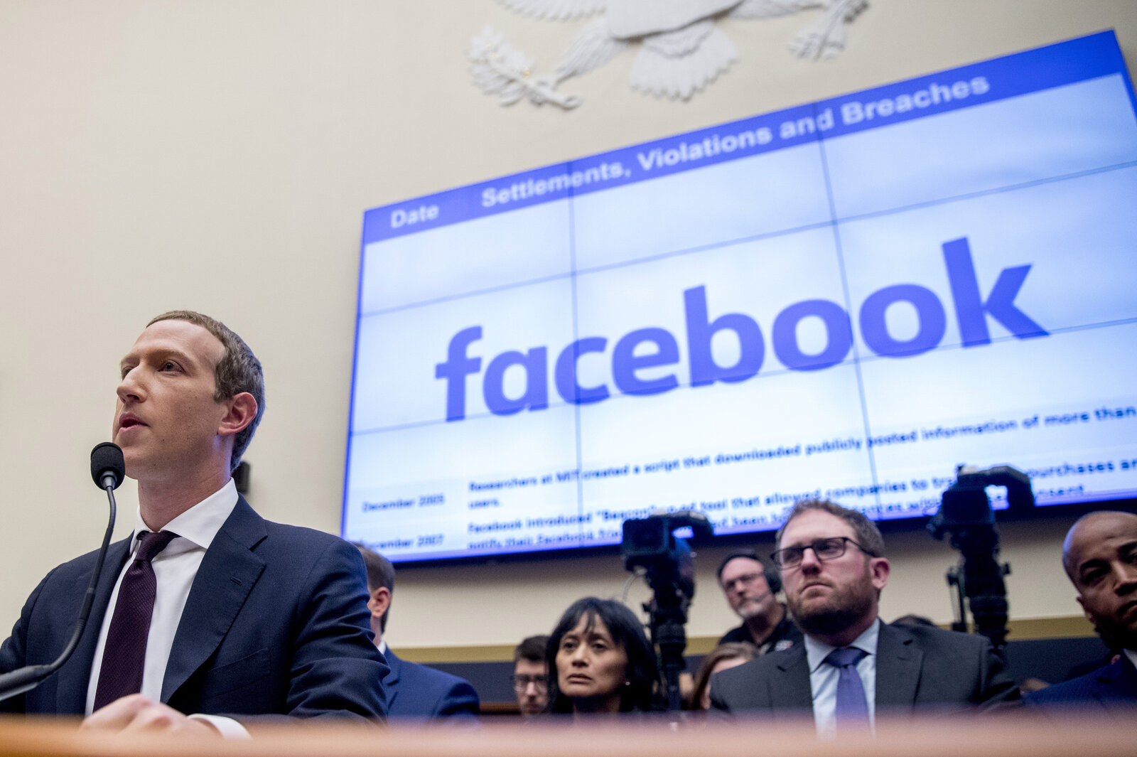 FTC sues Facebook to divest of WhatsApp and Instagram