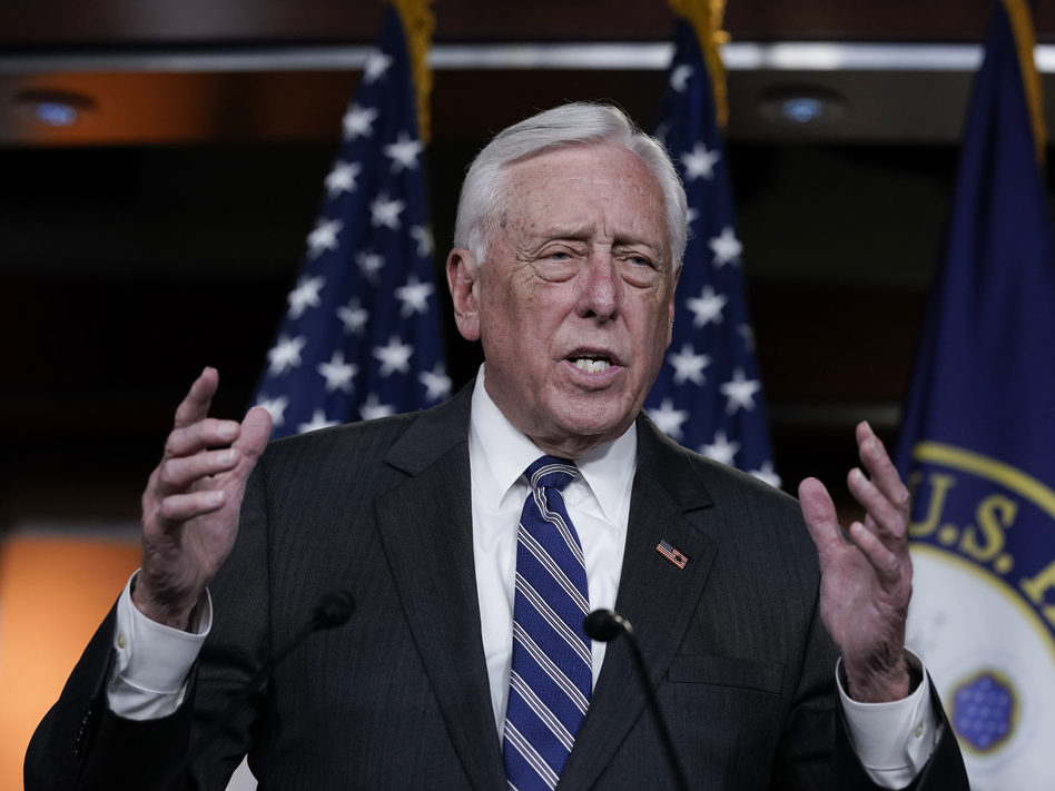 House Majority Leader Steny Hoyer, D-Md., supports bringing earmarks back with limits. (J. Scott Applewhite/AP)