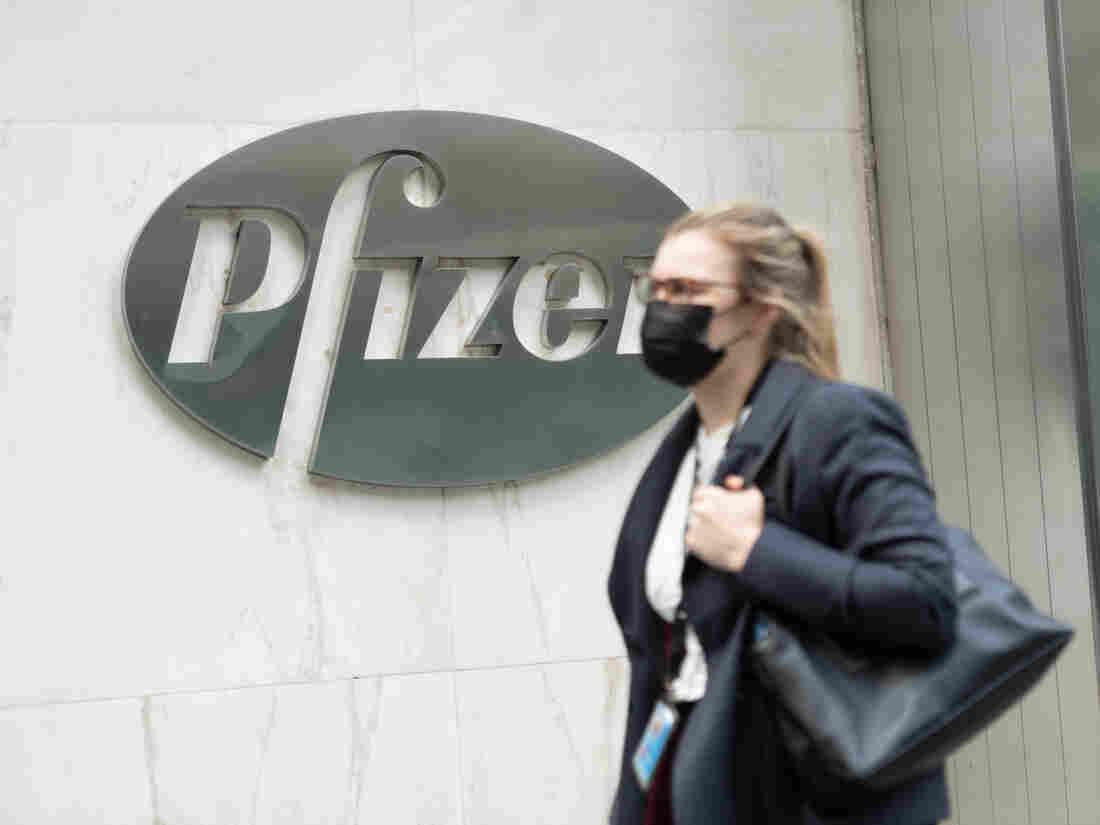 Pfizer COVID-19 Vaccine - 'Met Success Criteria'   IE