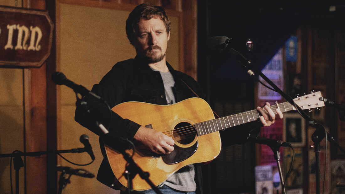 Hear Sturgill Simpson's 'Cuttin' Grass, Vol. 2: The Cowboy Arms Sessions' Now