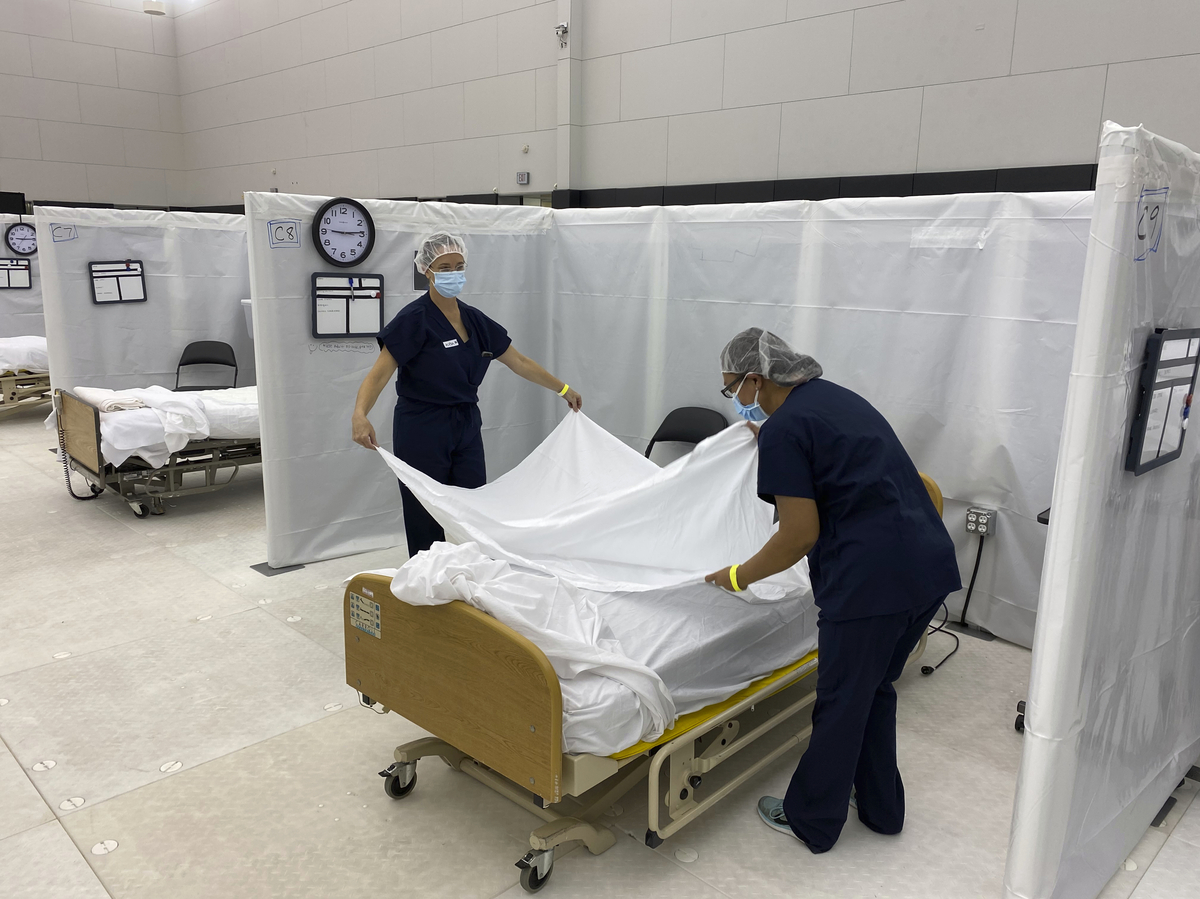 Southern California region hits 0% ICU bed capacity