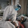 Um médico sobre o bloqueio de Wuhan era 'muito real' para meu pai nascido em Wuhan.  Estou feliz por ter assistido