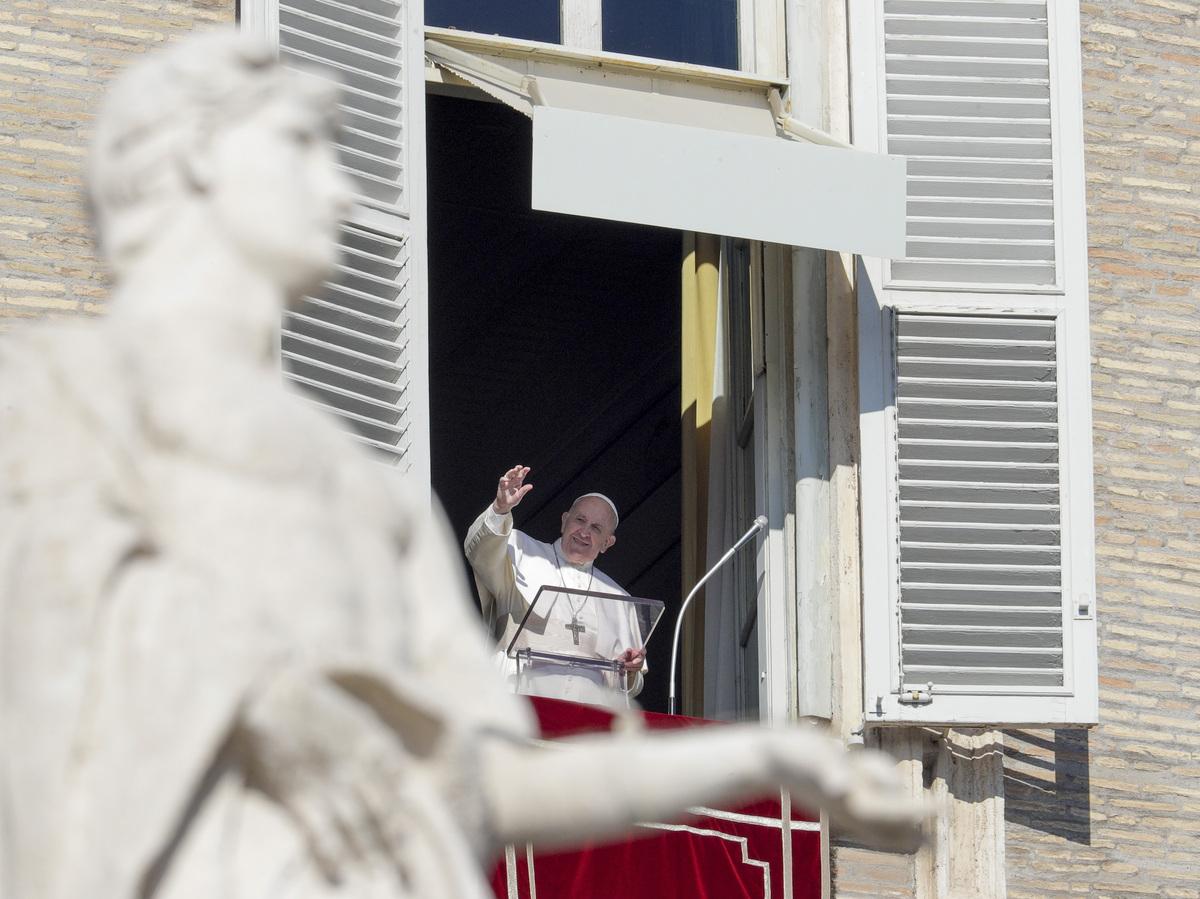 Vaticano aprova o recebimento de vacinas COVID-19, mesmo que a pesquisa envolva tecido fetal: atualizações do coronavírus: NPR 3