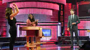 Does Joel McHale Take 'Card Sharks' Higher Or Lower?