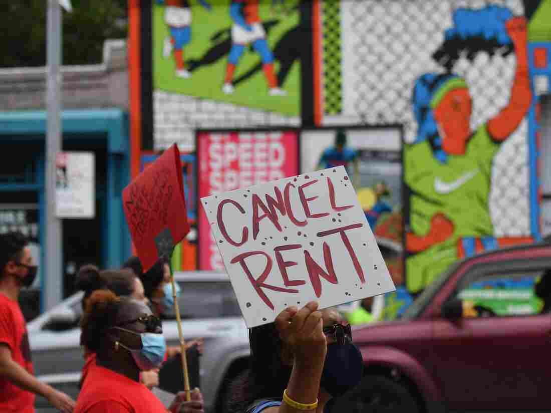 Cuomo enacts moratorium on evictions due to pandemic