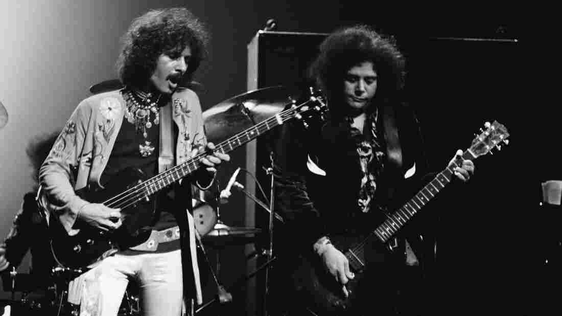Leslie West (right) with Felix Pappalardi of Mountin, performing in New York in 1971.