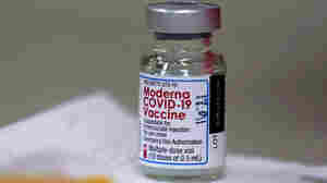 EU Authorizes Moderna COVID-19 Vaccine, Saying It Has 160 Million Doses