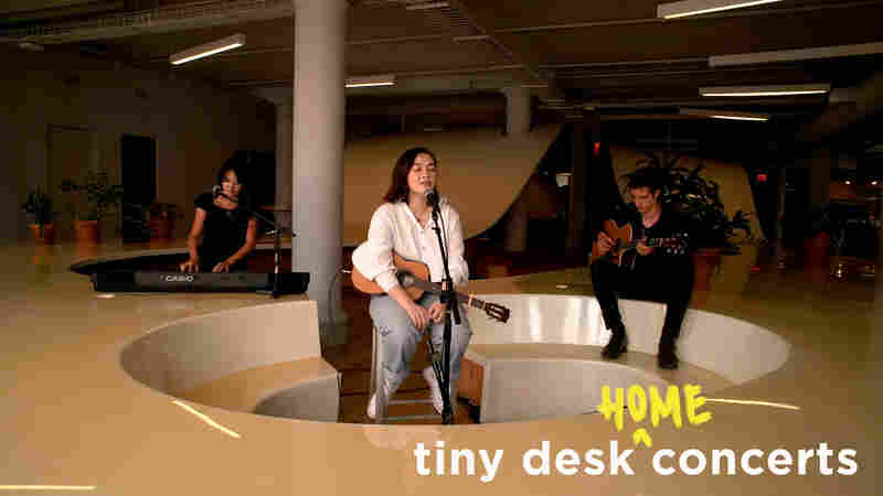 mxmtoon: Tiny Desk (Home) Concert