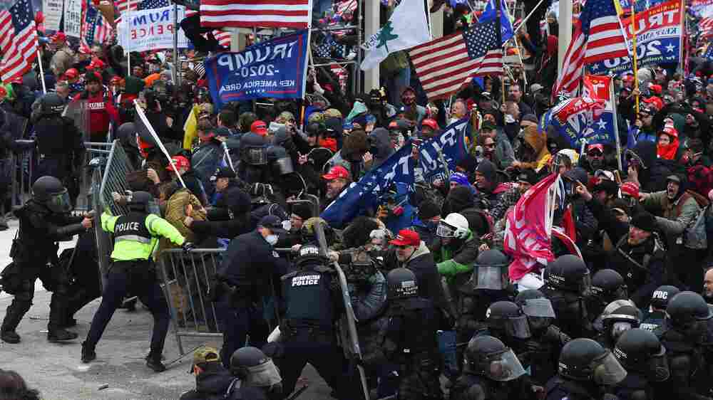 Why Didn't The FBI And DHS Produce A Threat Report Ahead of The Capitol Insurrection?