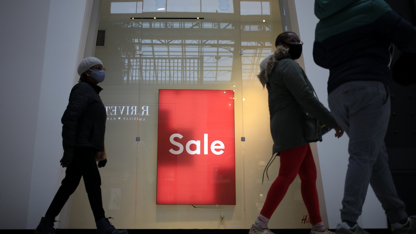 Retail Sales Fall For 3rd Straight Month – NPR