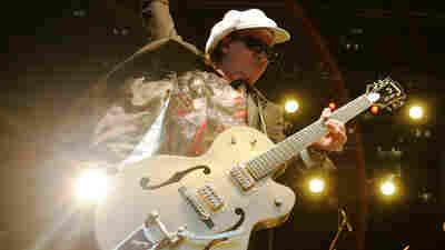 Sylvain Sylvain, New York Dolls Guitarist, Dies At 69