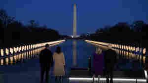 400 Lights, For 400,000 Dead, Illuminate Lincoln Memorial Reflecting Pool