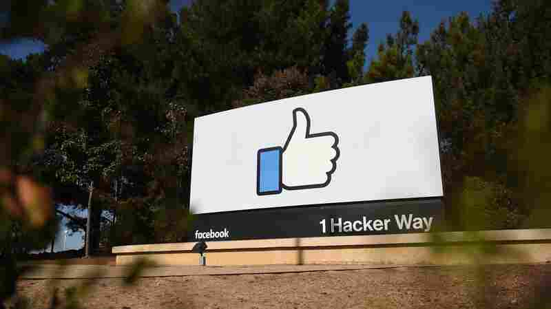 Facebook Asks Oversight Board Whether Trump's Account Should Be Restored Now