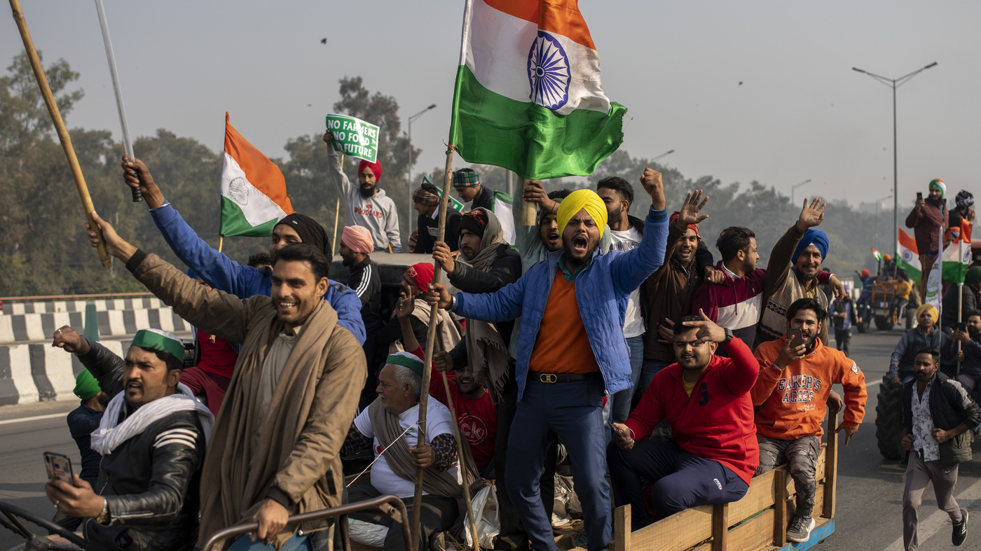 Indian Farmers Protest In New Delhi Storm Historic Red Fort – NPR