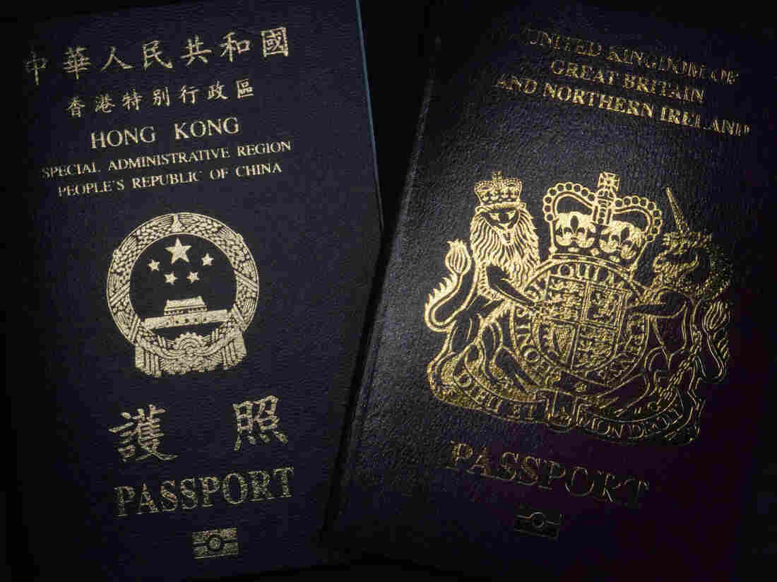 United Kingdom expects 300000 people to leave Hong Kong, move to Britain