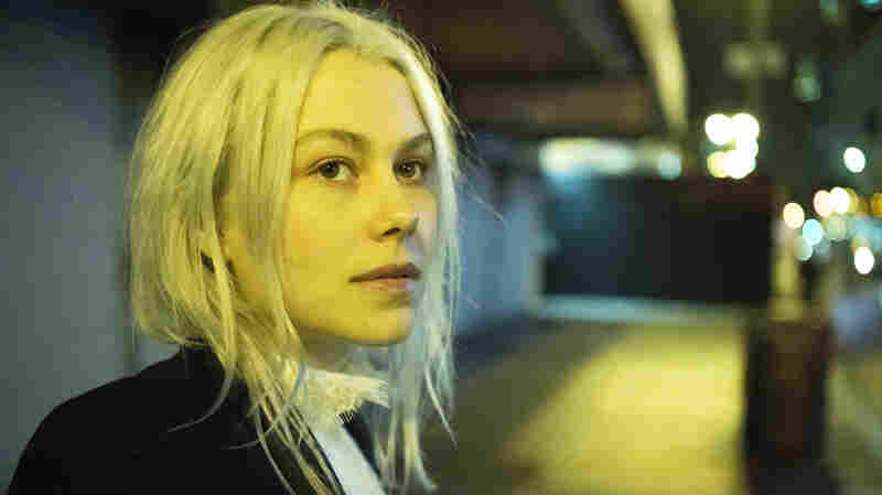 For Her 'SNL' Debut, Phoebe Bridgers Goes Bigger Than Ever