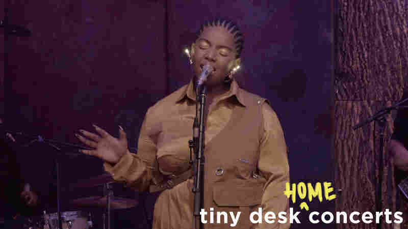 KeiyaA: Tiny Desk (Home) Concert