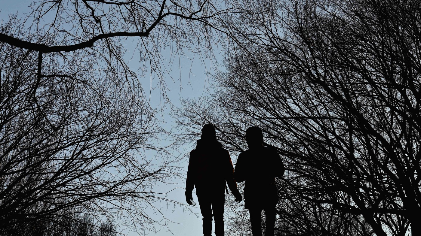 Q & A: Expert Advice On Love, Dating, And Pandemic Relationships