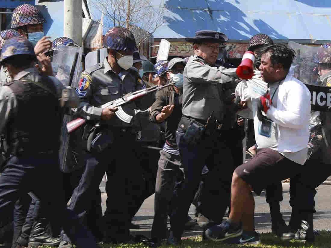 Myanmar coup: Neighborhood groups block night arrests