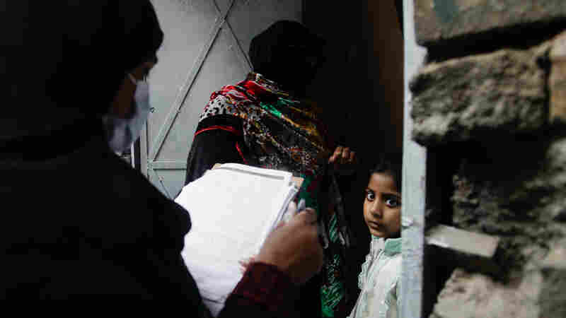 Pakistan's Polio Playbook Has Lessons For Its COVID-19 Vaccine Rollout