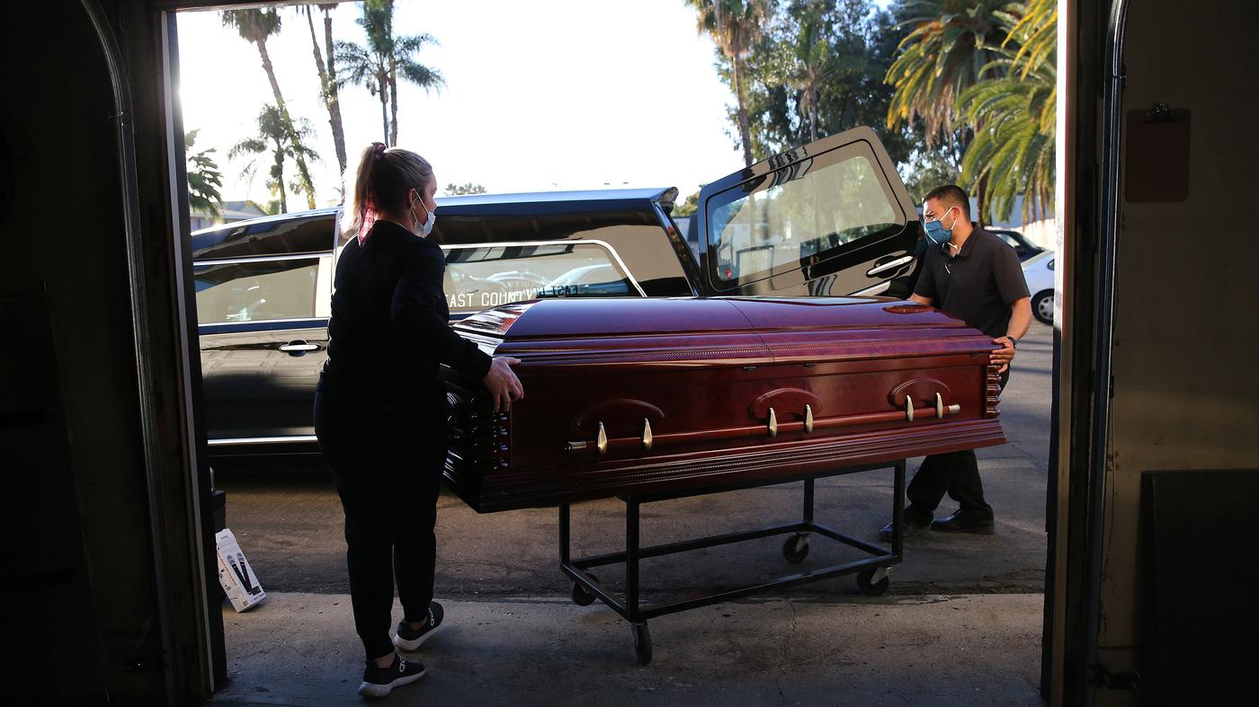 US Surpasses 500,000 Deaths From COVID-19 : Shots - Health News - NPR