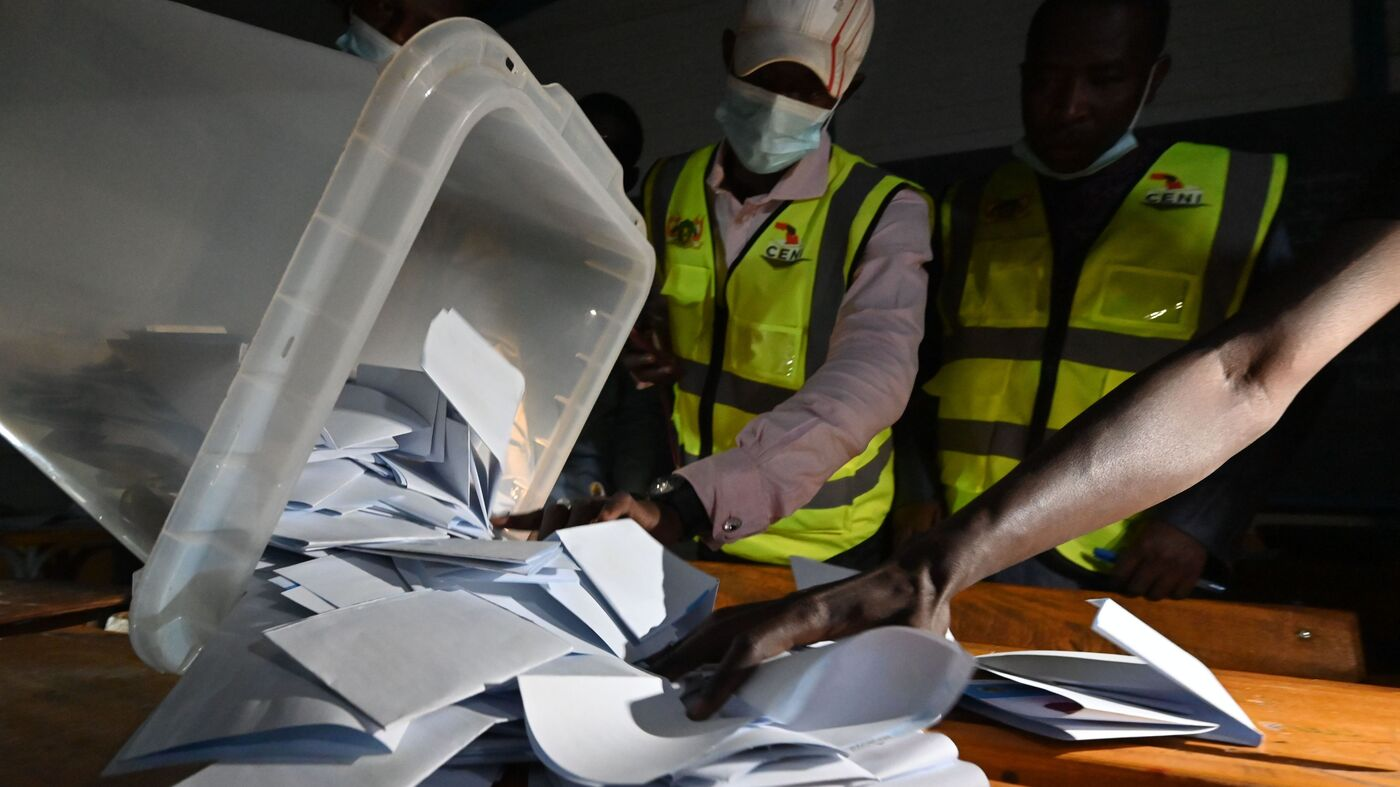 7 Poll Workers Killed By Landmine Amid Historic Niger Vote - NPR