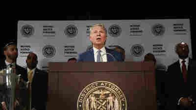 Manhattan Prosecutor Receives Trump Tax Returns After Lengthy Legal Battle