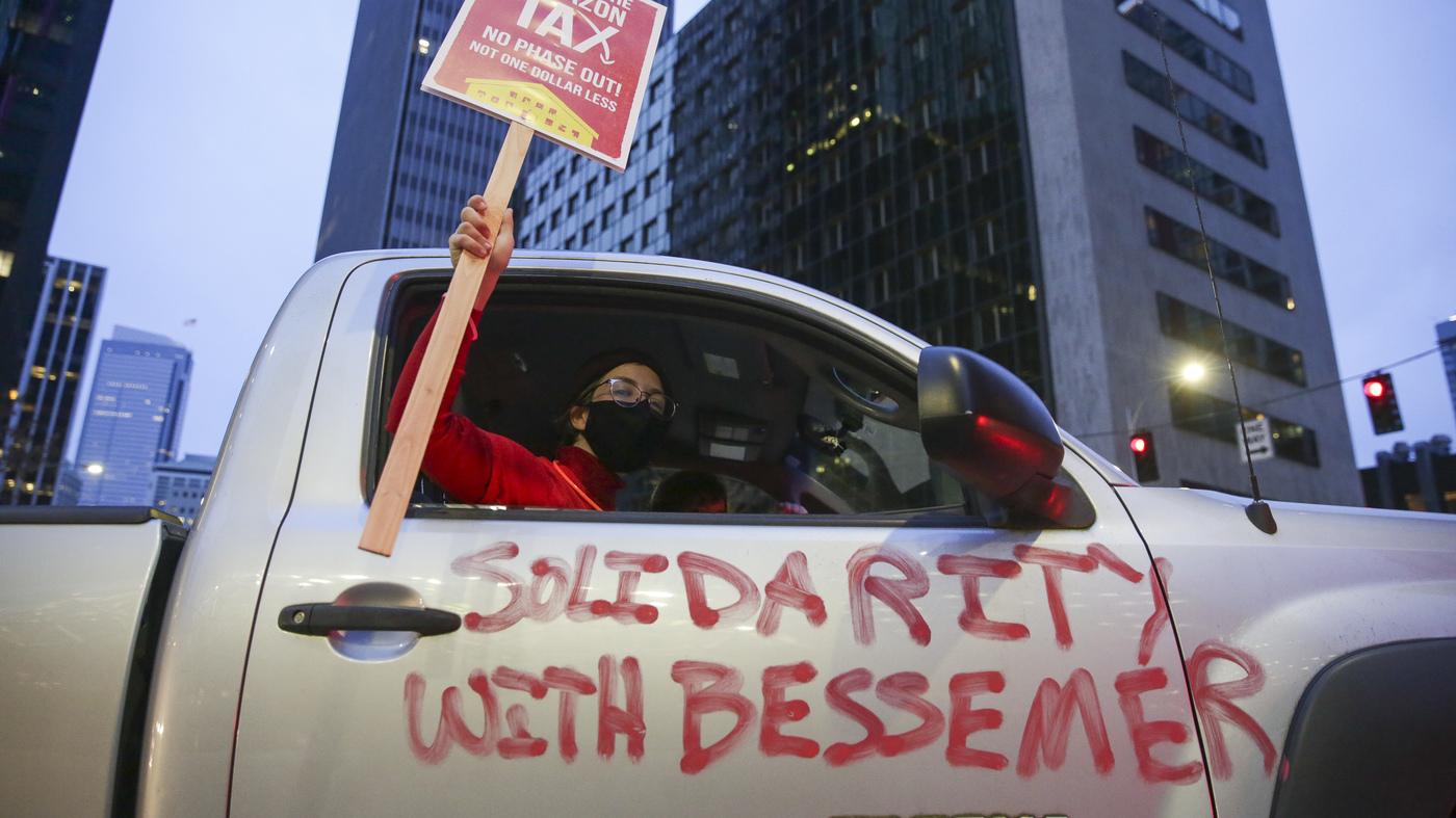 www.npr.org: Biden Backs Amazon Warehouse Workers' Union Drive