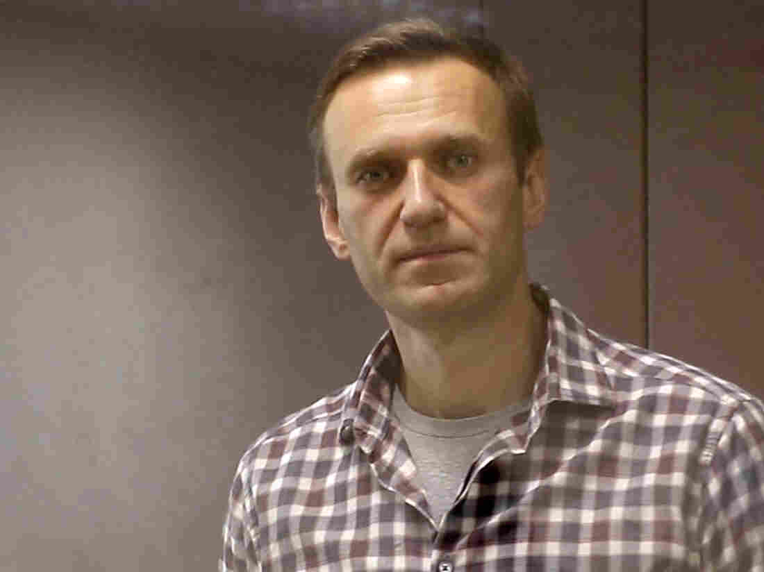 USA  and European Union  to sanction Russian Federation  for poisoning Alexei Navalny