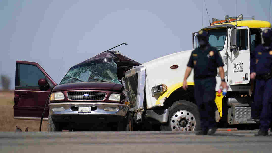 13 killed when big rig hits SUV carrying 25 people